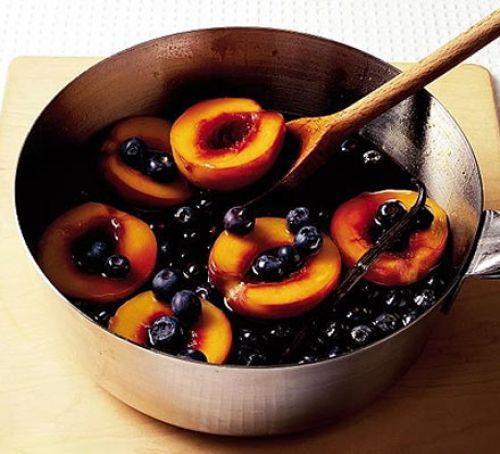 Balsamic Blueberries & Peaches