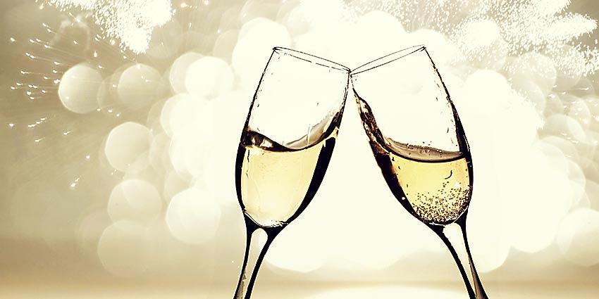champagne-vs-prosecco-featuredimg.jpg