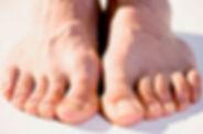 53a09c05d0599_-_cos-01-mens-feet-de.jpg