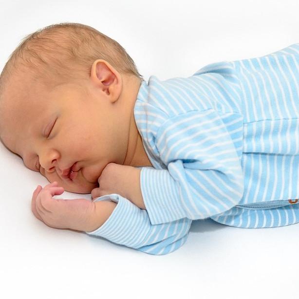 baby-1314843_1280_edited.jpg