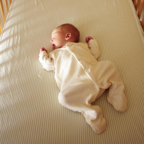 safe_sleep_baby-1024x738.jpg