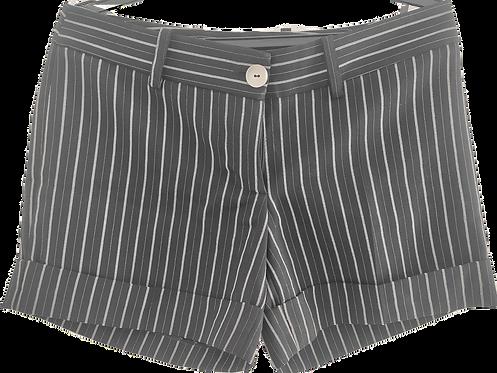 Shorts preto listrado