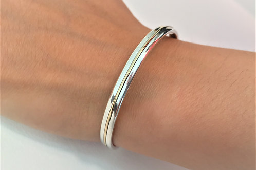 9ct Gold - 925 Sterling Silver Classic Silver Cuff Bracelet with Internal Engraving top view.