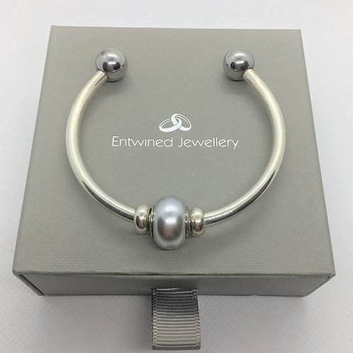 Verona Solid 925 Sterling Silver Cuff Bracelet with Swarovski Becharmed Silver Pearl Bead and Silver Stopper Beads top View.