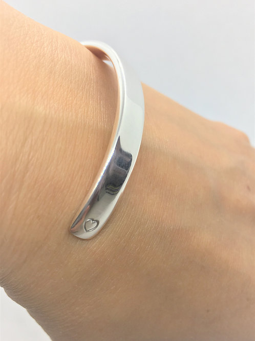 Classic Chunky Sterling Silver Cuff. (Engraved Option)