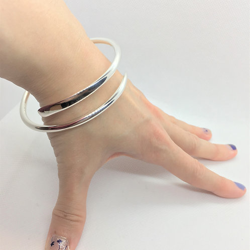 Sterling Silver Siena Bangle, Entwined Elegance.