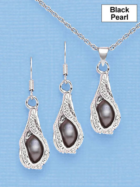 Pearl Necklace and Earring Set - Black