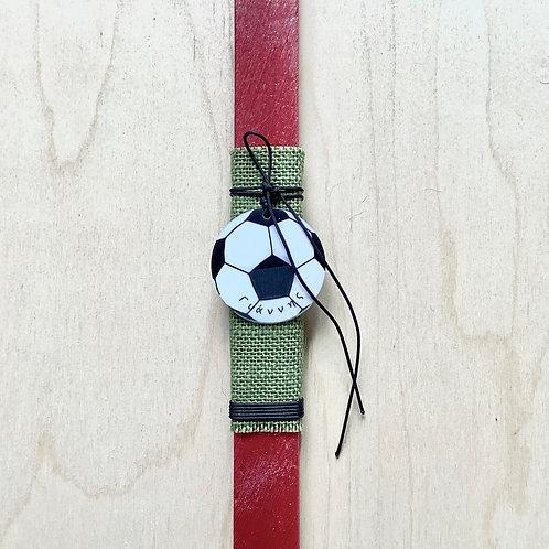 Προσωποποιημένη λαμπάδα με μπάλα ποδοσφαίρου κόκκινη