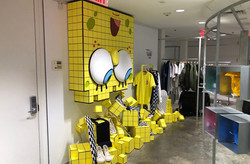 Vans-Sponge Bob Retail Display