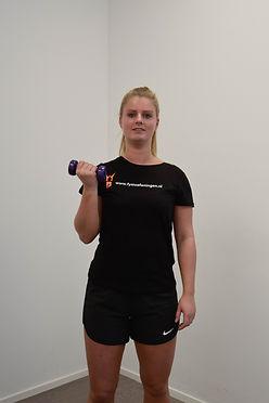 Biceps curl deel 3  Monné Zorg & Bewegi