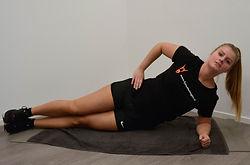 Side_plank_deel_1__Monné_Zorg_&_Bewegin