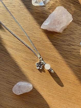 Flower Rose Quartz Necklace