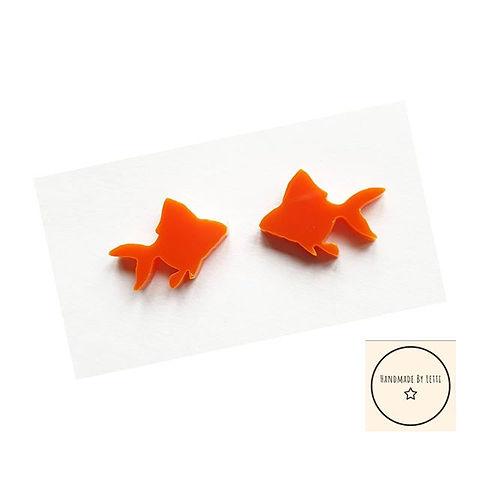 Little 19mm acrylic goldfish stud earrin