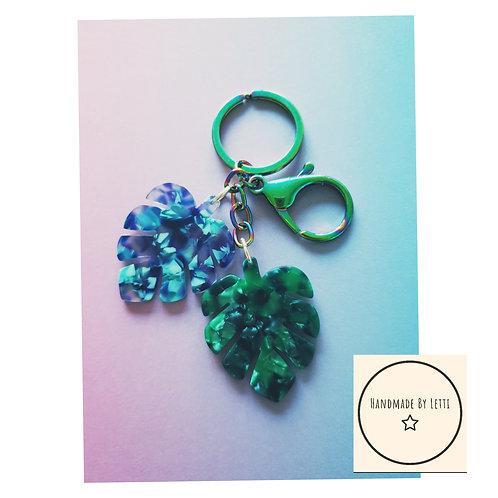 Tropical leaves bag key chain / resin