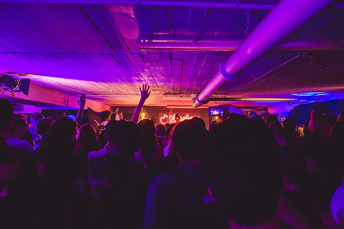 warehouse-agency-tinder-event-production-berlin-location-management