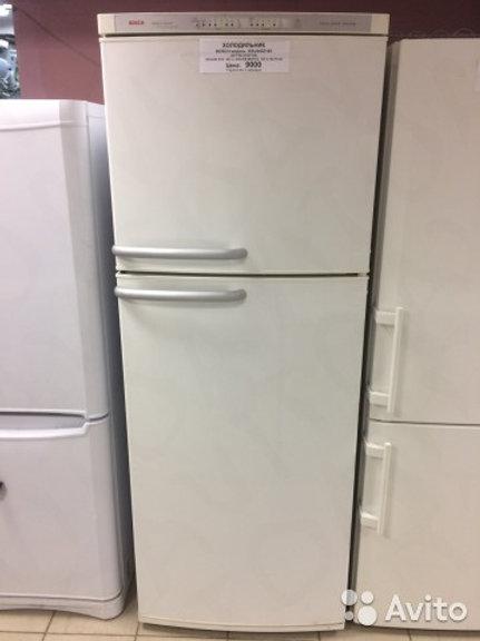 Холодильник Bosch KSU4452140