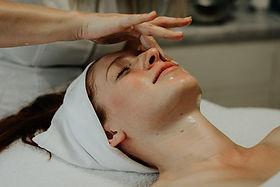 face massage, buccal massage, facial massage, holistic facial, skincare, facials, massage, naturalfacelift