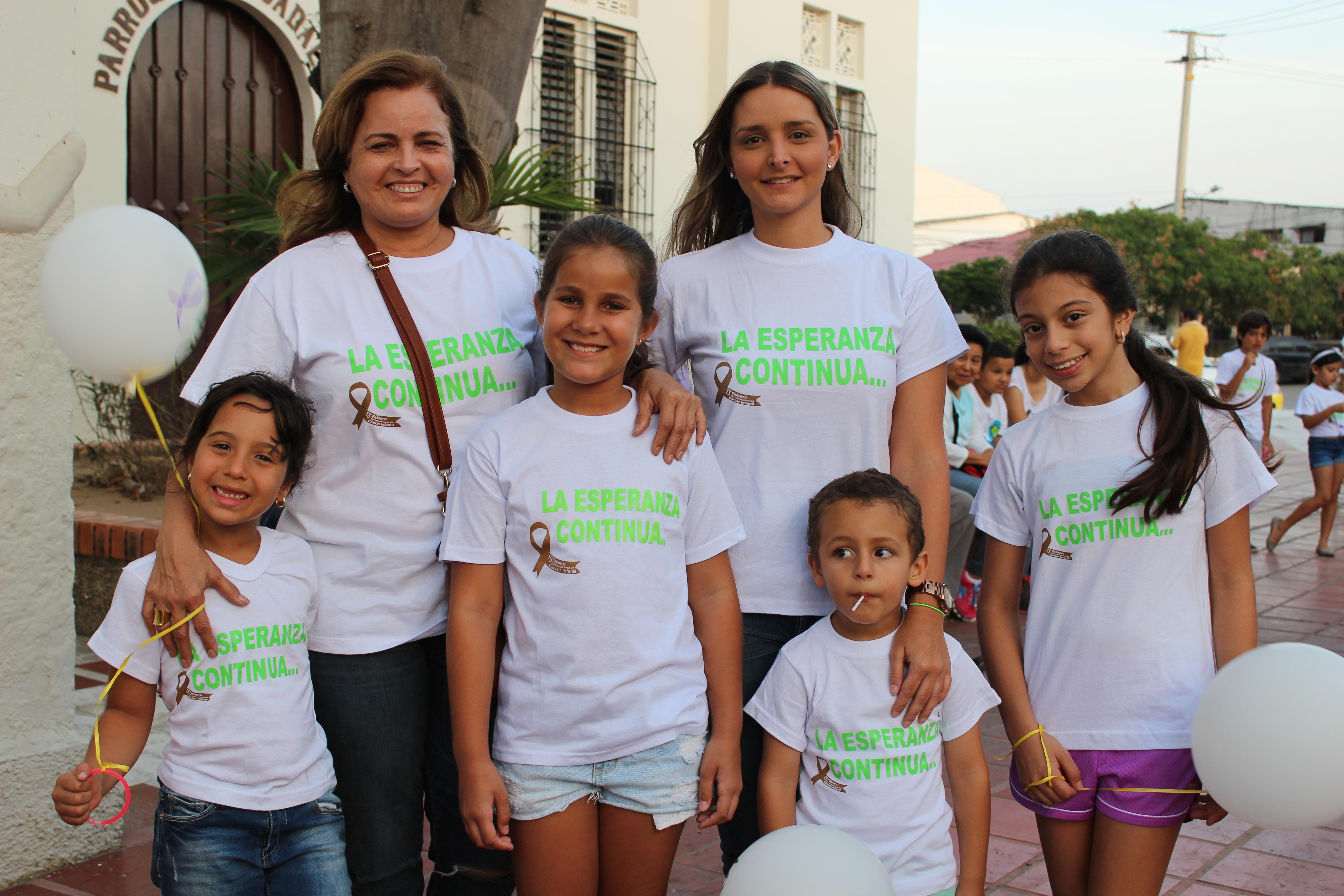 Ema Noguera, Marta Cabrera, Ivana Martinez, Lorena Roman, Juan Sebastian Garcia e Isabela Osio
