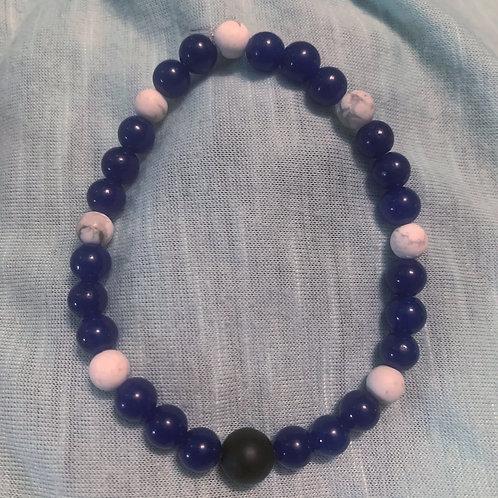 Blue Aventurine (dyed) & Howlite Chakra balancing bracelet 7.5 inches