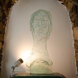 גולדה - מוזיאון הזכוכית ערד - פסל זכוכית