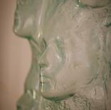 דמויות - מוזיאון הזכוכית ערד - פסל זכוכית