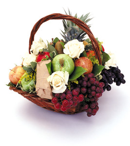 Signature Fruit Basket