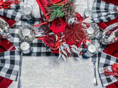 Holiday Festive Table setting
