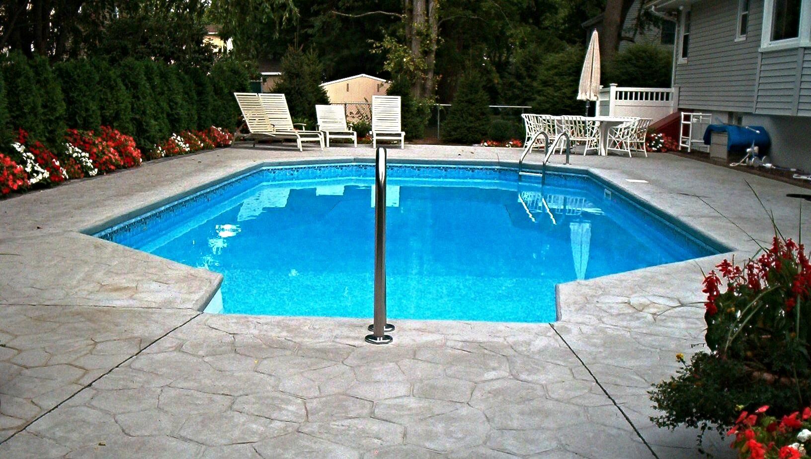 Petrullo pool