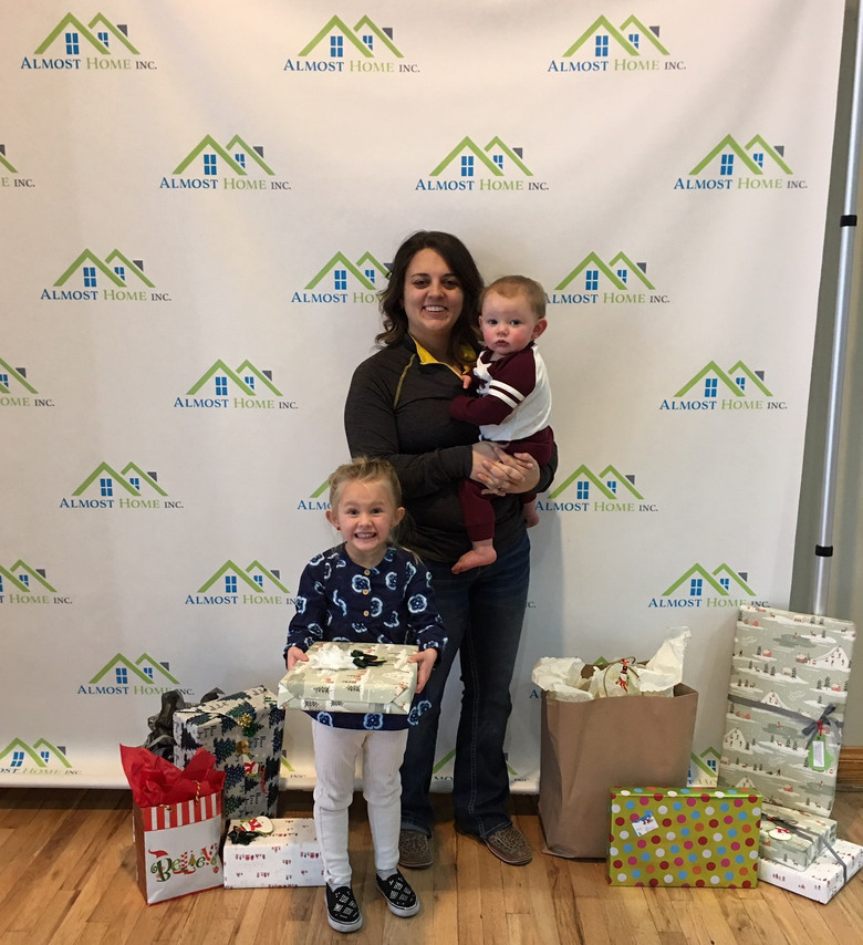 Mountain View Family Dental Donates Holiday Gifts to Shelter Families