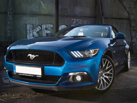 Ford Mustang a Fomei T-600