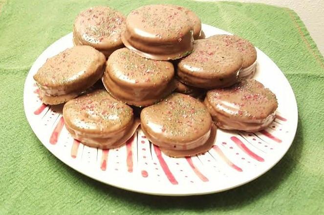 Dipped Ritz Cracker Peanut Butter Cookies