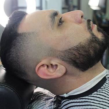 Men's Haircut & Beard 🧔🏻 Book Your Nex