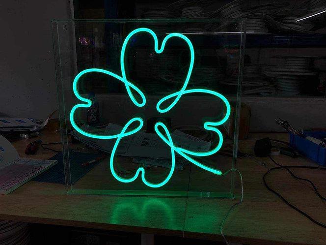 Lucky Charm Waterproof Neon Sign  🇨🇦