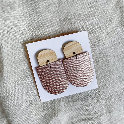 Bamboo Stud | Rose Gold Metalic