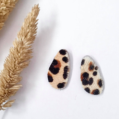 Pebble Stud | Leopard Hairy Hide
