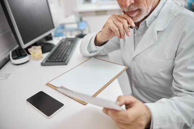 O maior erro na gestão financeira de uma clinica odontol´gica