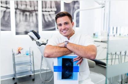 Faça sua clínica odontológica crescer com um plano estratégico de 12, 36 e 60 meses