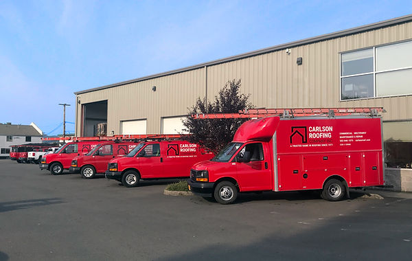 Carlson-Roofing_Service-Vehicle-Fleet.jp