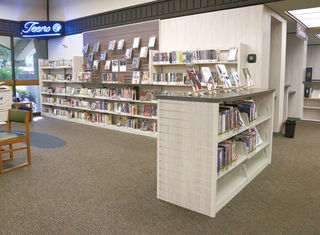 SK_library_D4102CS.jpg