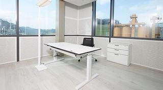 SK_CDF_desk_office.jpg