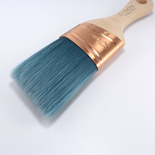 Fusion Angled Synthetic Brush