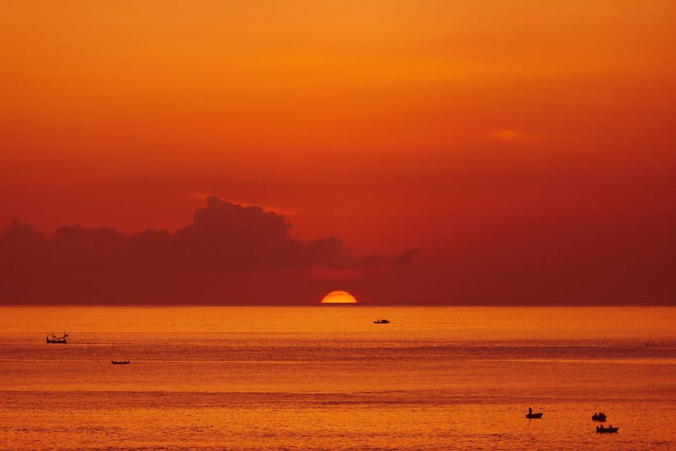 Indonesian_Sunset-(LR).jpg