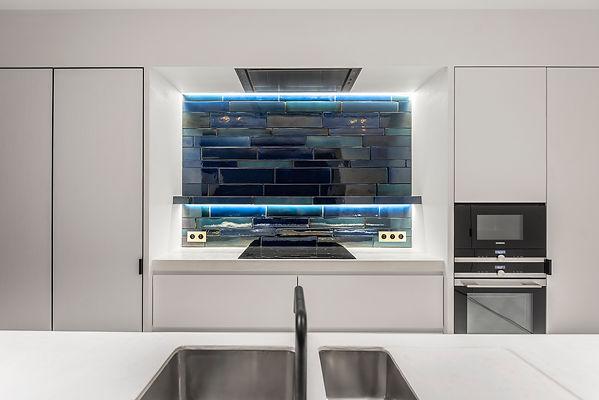 Licht / schilderwerken / Atelier Nest / Nestor & Rotsen / Kalkpleister / Mortex / Tadelakt / Beton Cire / Pastellone / Tegels / Nestor & Rotsen / keuken /