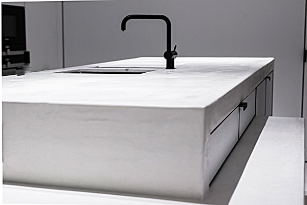 Kraan vola/ Neststeen / Keuken / Tablet / Vloer / Kalkpleister / Mortex / Tadelakt / Beton Cire  / Pastellone