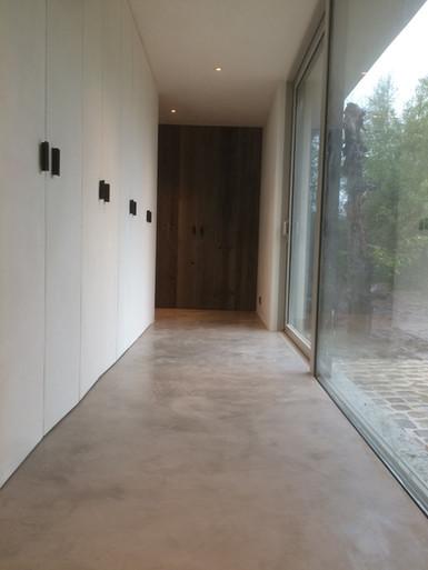 Neststeen Vloer  Kalkpleister, mortex, tadelakt, beton cire.