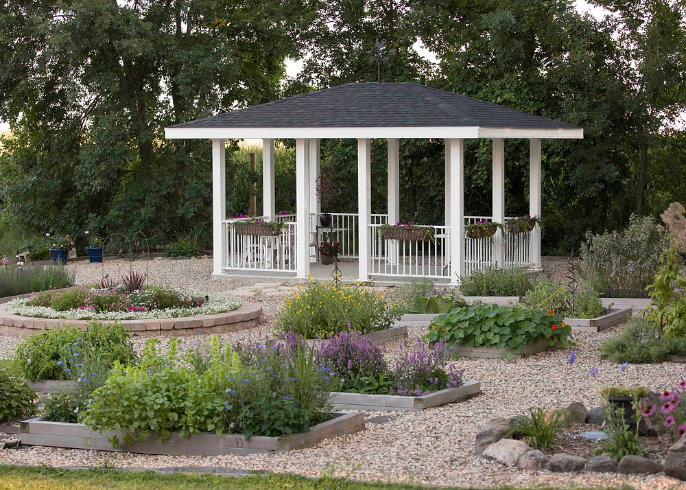 Lamb Shoppe's Herbal Garden