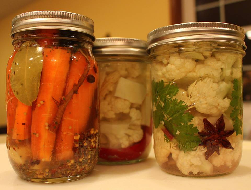 Fermented veggies with herbs