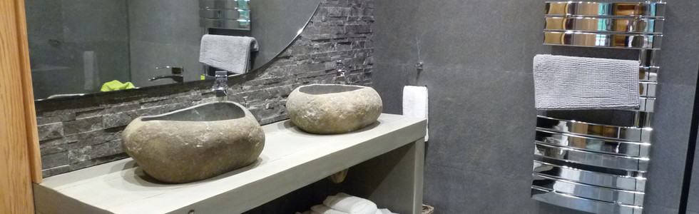 The Ensuite Bathroom (Master Bedroom)