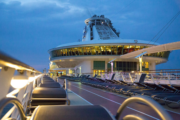 Lots Of Late Nights But A Brilliant Job With Fantastic Crowd People So Call Steve Coulthard At Richardsons For All Your Cruise Ship Photography Needs
