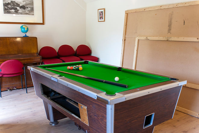 games room pool 2.jpg